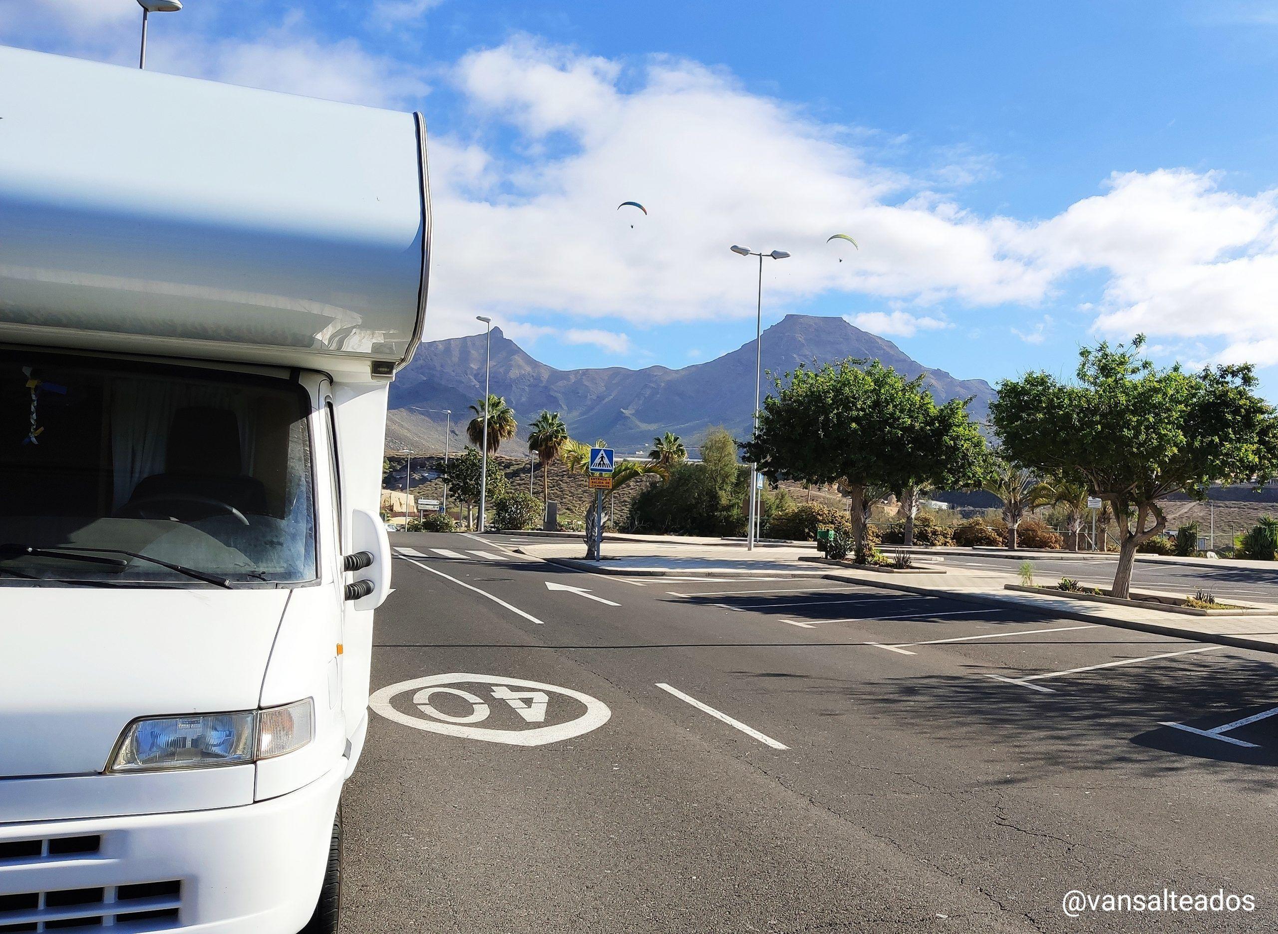 Caravana en La Caleta, Tenerife.