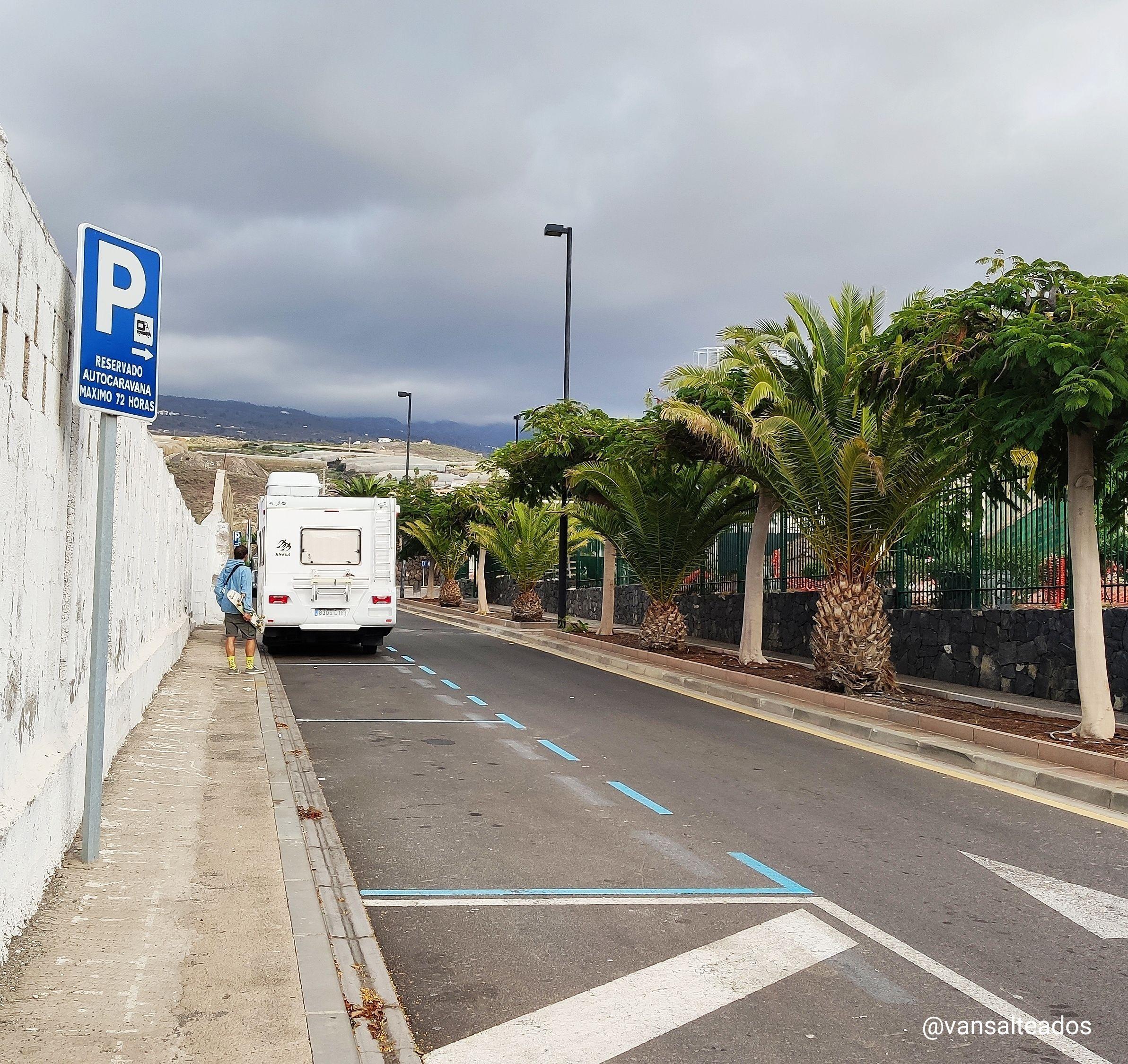 Autocaravana en Alcalá, Tenerife