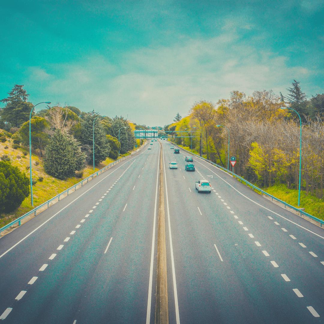 Velocidad máxima autocaravana, caravana o furgoneta