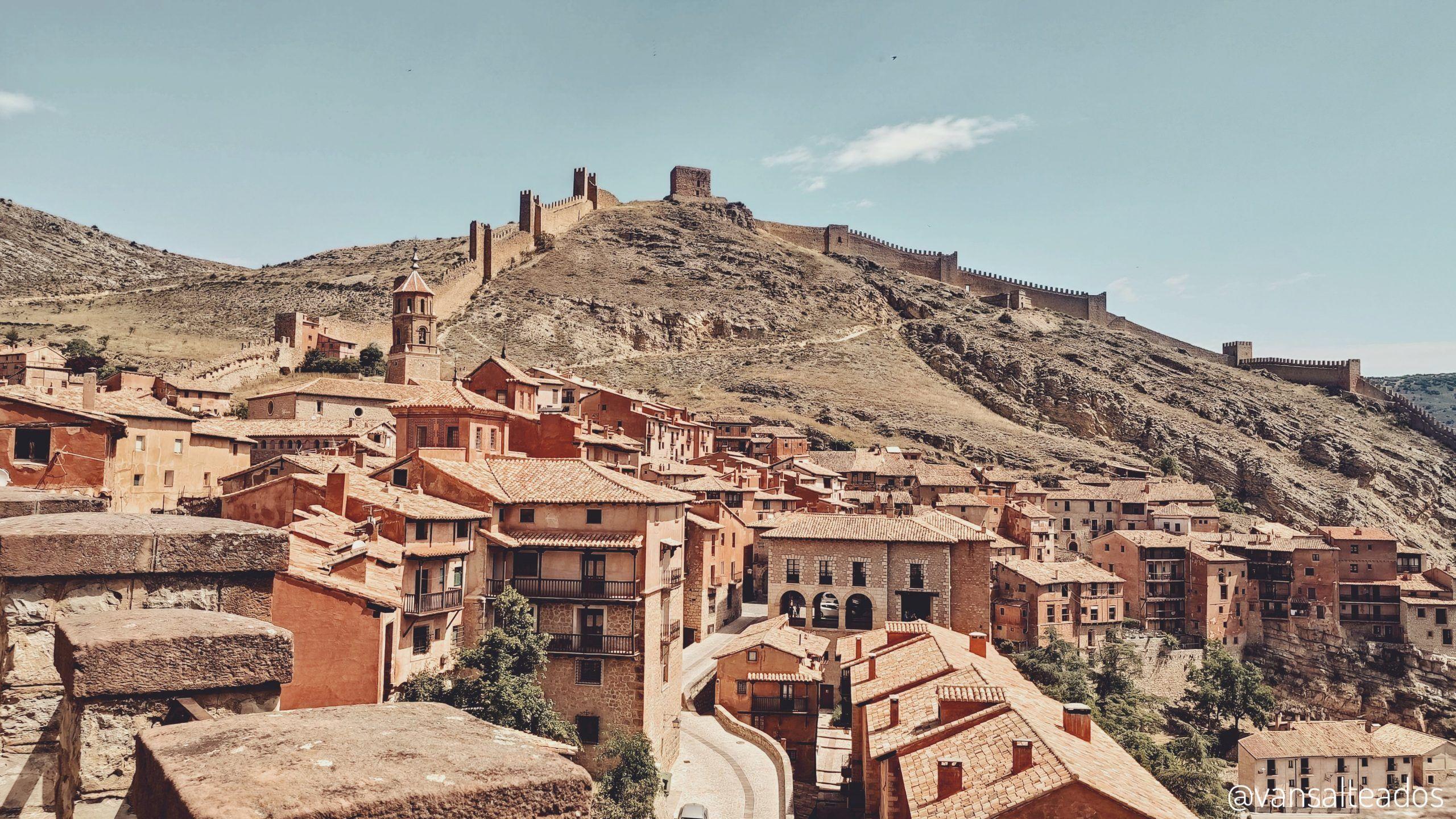 Albarracín y su muralla, Teruel.