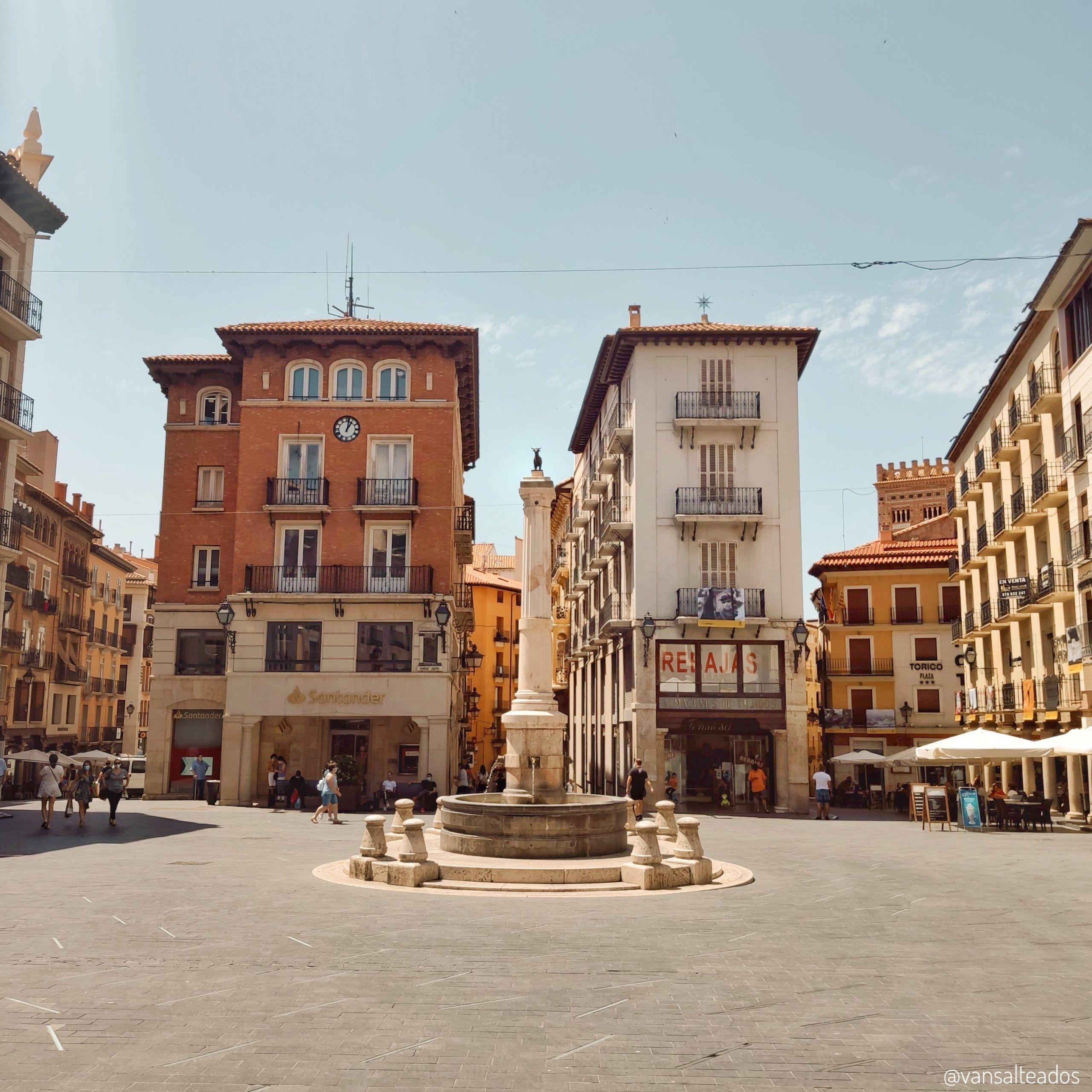 Plaza del torico, Teruel.