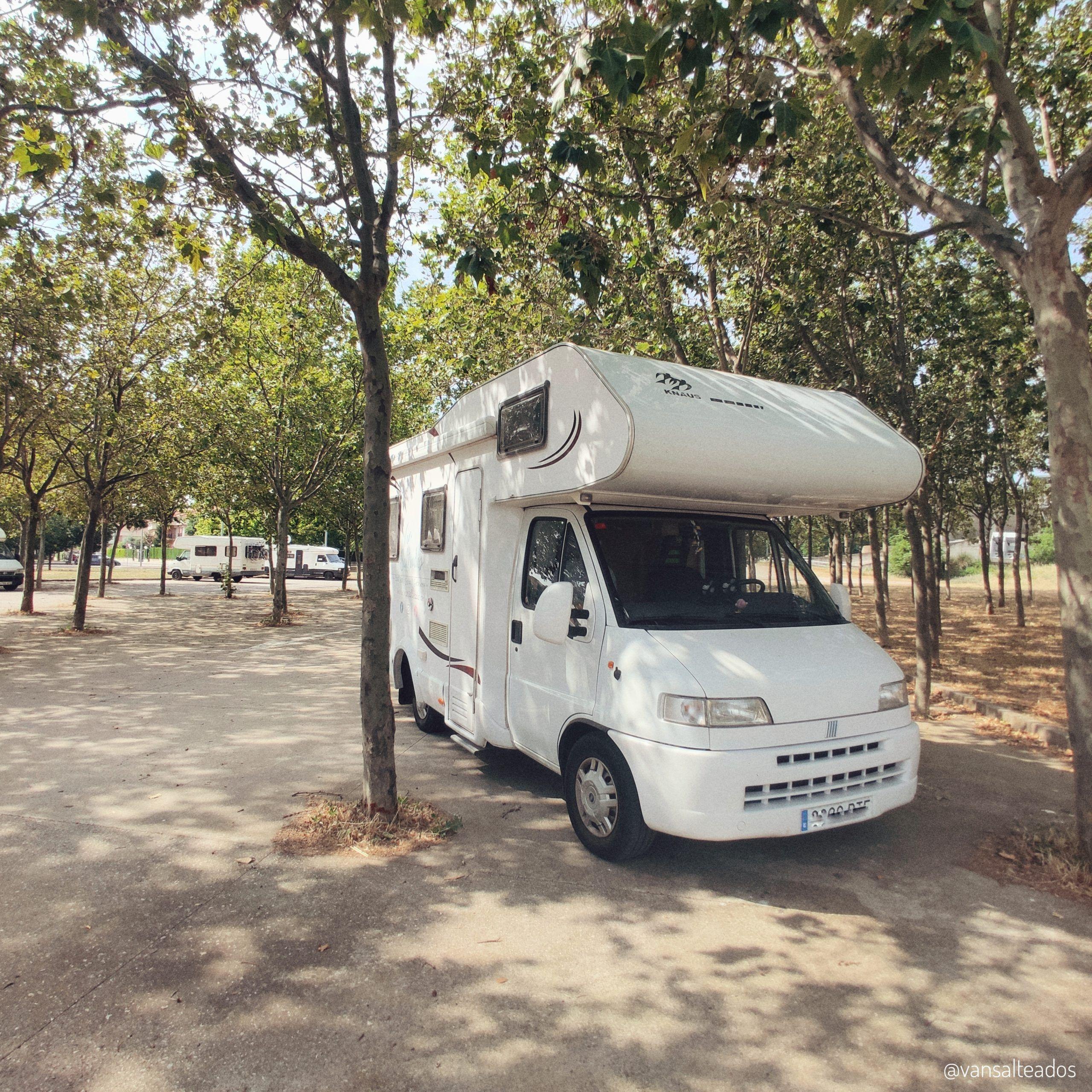 Área de autocaravanas en Huesca
